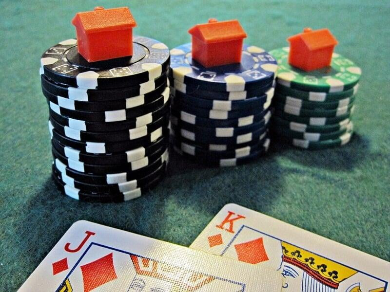 Video Clip Poker Vs. Slots: Which Is Best